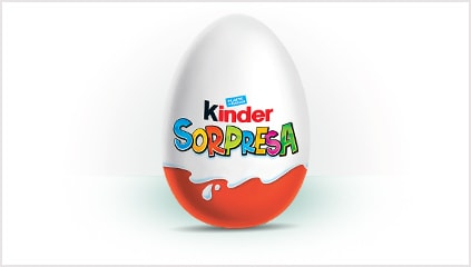 1974<br />La famiglia Kinder si allarga, nasce Kinder Sorpresa.