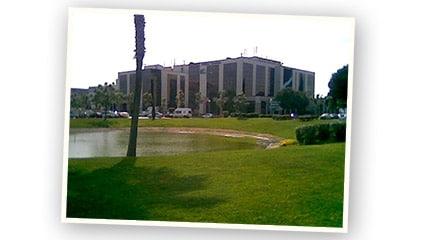 """1993<br />En España, Ferrero Ibérica S.A. cambia de sede trasladándose al edificio """"Geminis"""" en el polígono industrial """"Mas Blau"""" de El Prat de Llobregat (Barcelona)."""