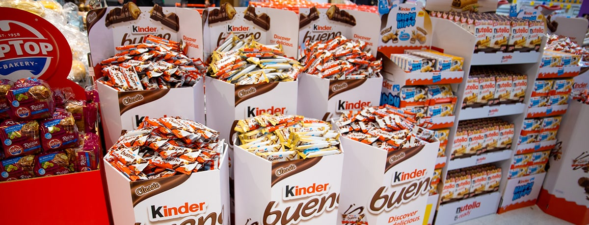 Ferrero saves 10km2 of plastic with 100% recyclable Kinder Bueno retail displays